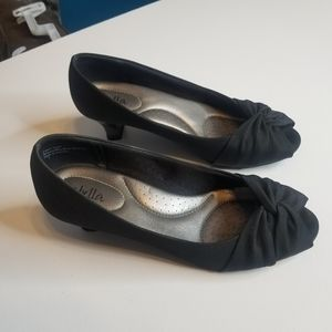 Abella Black Peep Toe Shoes size 7